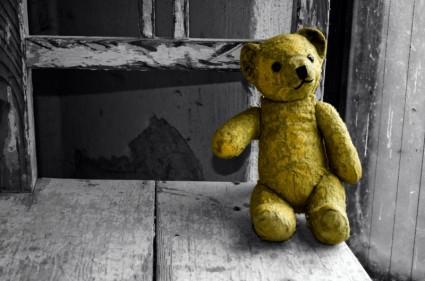 old_teddy_bear_