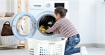 cute-little-girl-doing-laundry